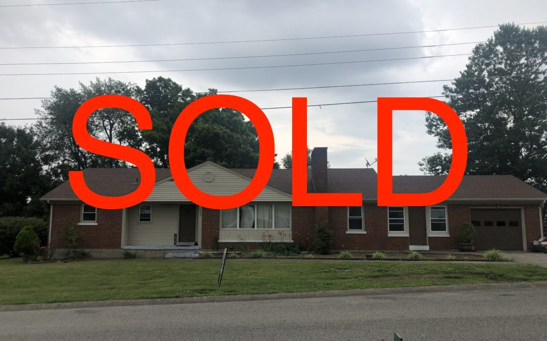 SOLD – 636 Golfview Drive